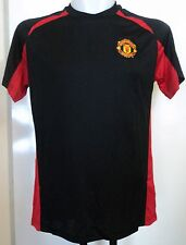 MANCHESTER UNITED BLACK/RED POLY TEE SIZE MEDIUM OFFICIAL MERCHANDISE BRAND NEW