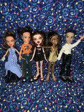 "Lot of 5 Dressed BRATZ DOLLS 10"" Dolls in Case"