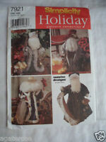 Simplicity 7921 holiday Sewing craft Pattern Decorative Father Christmas uncut