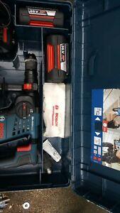 Bosch hammer drill GBH36 VT-LI Plus