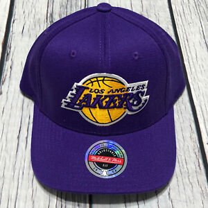 Mitchell & Ness Purple NBA Los Angeles Lakers Team Ground Snapback Hat Authentic