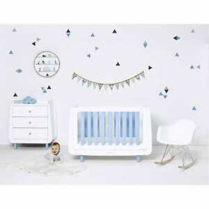 SNUZ WALL STICKER BLACK/WHITE/ BLUE TRIANGLES PACK OF 36 BRAND NEW BAGAIN £7.99