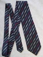 Vintage TOOTAL Tie Mens Necktie Retro 1980s Fashion NAVY BLUE RED STRIPED