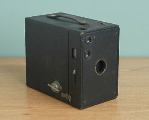 Eastman Kodak No. 2A Brownie Camera Model B - Box Camera (1912-1917)