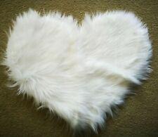 "Faux Sheepskin Heart-Shape Mini-Rug - Cream (14 X 20"" approx.)"