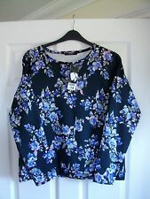 BNWT Black & multi coloured blurred floral print long sleeved scuba top SIZE 12