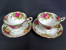 2 Old Country Roses Avon forma tè tazze e piattini, gen. GC, Inghilterra, Royal Albert