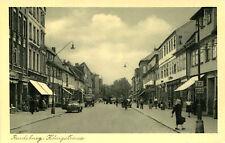 AK Rendsburg ca. 1930 (?) Königstraße Geschäfte Autos Passanten