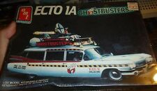 AMT GHOSTBUSTERS ECTO 1959 Cadillac Ambulance Model Car Mountain KIT 1/25 FS
