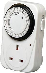 7 Day Mechanical UK Mains Single Analogue Timer Clock Switch Plug - WHITE