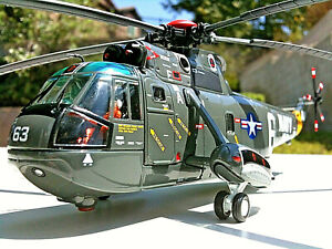 Corgi Sikorsky SH-3A Sea King Helicopter USN Tridents Gemini 10 Recovery 1:72