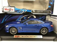 Mercedes Benz SL63 AMG Hard Top Maisto 1:18 Blue