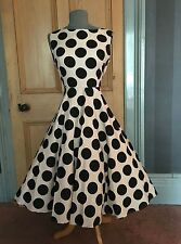 GORGEOUS JOLIE MOI CREAM/BLACK SPOT FIT AND FLARE EVENING DRESS, SIZE 14