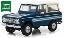 Greenlight 1:18 Artisan Collection 1976 Ford Bronco Explorer Package 19035