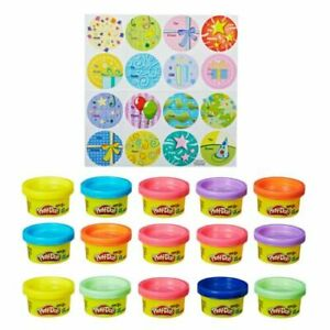 Play-Doh Party Bag Includes 15 Colorful Cans of Play-Doh