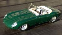 BURAGO 1:18 3016 1961 JAGUAR E TYPE CABRIOLET Racing Green Toy Model Car Parts