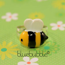 FUNKY BUSY BUMBLE BEE RING SWEET INSECT FUN ANIMAL KITSCH RETRO EMO NOVELTY GIFT