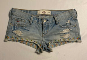 Hollister Light Blue Denim Shorts Embroidered Booty Low Rise Distressed Size 3