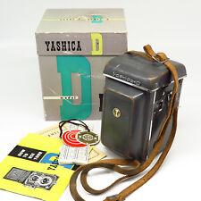 Yashica-D TLR w/Yashikor 1:3.5 80mm - Case+Box - Excellent vintage condition