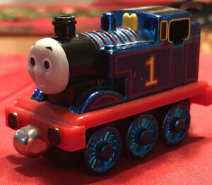 RARE collectible Metallic Blue Thomas Take N Play Die-cast Train  FREE SHIPPING!
