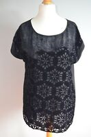 Short-sleeved Oasis black velvet devoré geometric top size 14