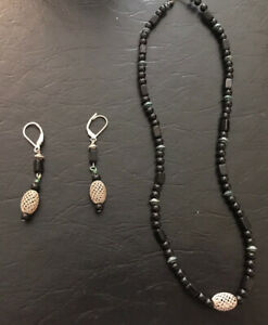 Vintage Beaded with Wired Weaved Accent Bead Necklace and Earring Set
