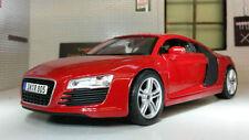 Voitures, camions et fourgons miniatures rouge pour Audi