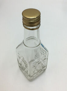 Vintage Manischewitz Wine 2/5 Pint Bottle Clear Square Glass with Cap