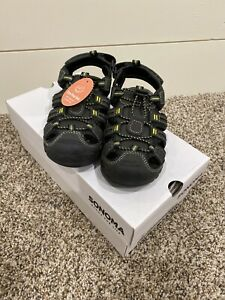 NWT BOYS SONOMA TELEPORT SHOES SZ 13 Charcoal In Color