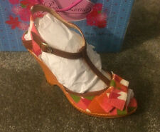 Poetic Licence Behave Yourself Red Tan Womens Wedge Heels Shoes Size 9 weave
