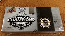 NHL BOSTON BRUINS 2011 STANLEY CUP CHAMPS 30 CARD SET FACTORY SEALED NEW