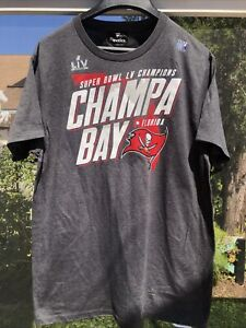 Tampa Bay Buccaneers Super Bowl LV Champions Hometown Champa Bay T-Shirt large
