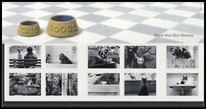 2001 GB Cats & Dogs Royal Mail Presentation Pack No.320