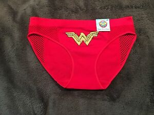 Wonder Woman Character Panty Brief Underwear NWT Sz S Free Shipping Red Seamless