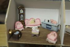 DOLLS HOUSE MINIATURE ( SMALL SCALE FURNITURE