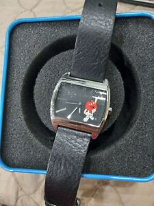 M&M's Candy Character ANALOG WRIST WATCH Red yellow  Original TIN Fossil leather