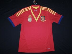 NWT Adidas Clima Spain 2010 wold cup soccer jersey size Large. NEW.