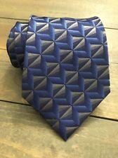 Van Heusen Blue Silver Geometric Classic Stain Resistant Silk Mens Neck Tie