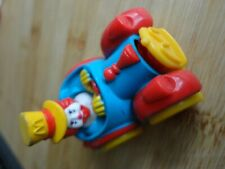 "jouet mac do vintage "" RONALD MAC DONALD ""  EN VOITURE"