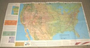 1968 UNITED  AIRLINES Air Atlas Map - Great Graphics - Fly the Friendly Skies...