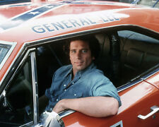 Wopat, Tom [The Dukes of Hazzard] (33915) 8x10 Photo