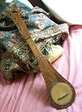 UKULELE polynésie TAHITI 4 cordes BOIS sculpté Beau modèle