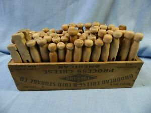 VINTAGE  ANTIQUE CLOTHES PINS WOOD in CHEESE BOX ~ 4 COUNTRY LAUNDRY DECOR!