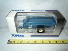Kinze 1050 Grain Cart   With Sof-Tred Tires  By SpecCast  1/64th Scale