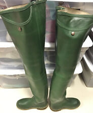 Vintage UK Daiwa Rubber Hip Waders Boots Metal Stud US 8 UK 7 EU 41 Watstiefel