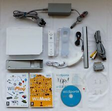 NINTENDO WII CONSOLE PACKAGE - ALL LEADS REQUIRED & 3 GAMES Wii SPORTS WII PLAY