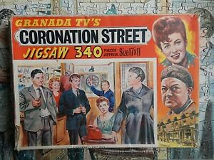 GRANADA TVs CORONATION STREET no3 ROVERS EXIT ENA VINTAGE  JIGSAW 340 piece