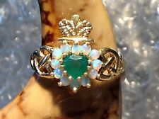 9ct GOLD OPAL AND EMERALD LADIES CLADDAGH RING - SIZE P - Ref  0708.06