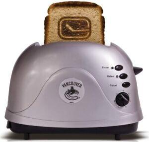 NHL Vancouver Canucks Pro Toaster