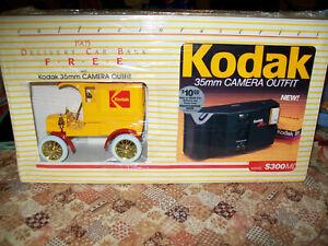 "Ertl #9985 ""Kodak #1 Gold Spokes W/35mm Camera"" 1905 Ford Delivery Car MIB"